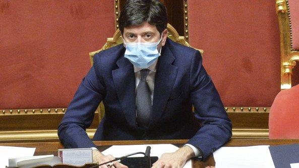 Coronavirus, inchiesta di Bergamo: guardia di finanza al ministero della Salute e all'Istituto superiore di sanità